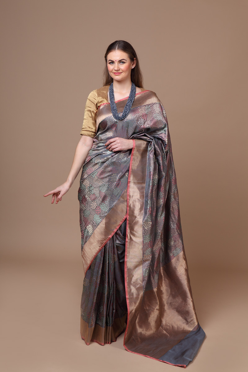 pure-hand-woven-benarasi-grey-pink-silk-saree-with-all-over-multi-coloured-motifs