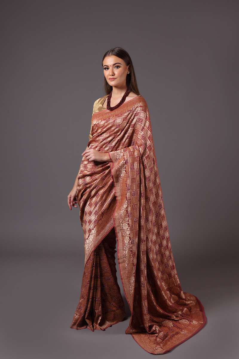 pure-hand-woven-benarasi-georgette-dusty-onion-coloured-bandhej-saree