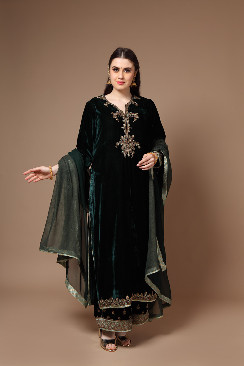 pure-silk-velvet-hand-crafted-dark-green-kurta-with-farshi-dupatta