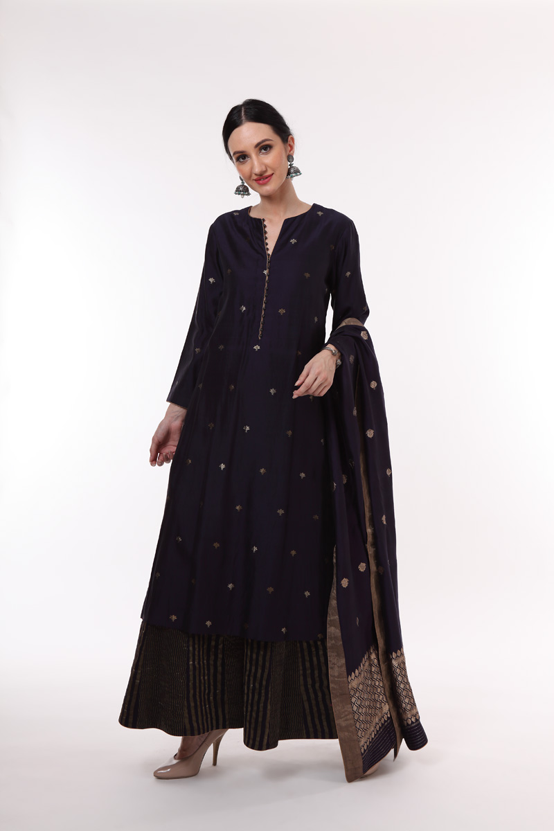 pure-hand-woven-midnight-blue-benarasi-suit-set