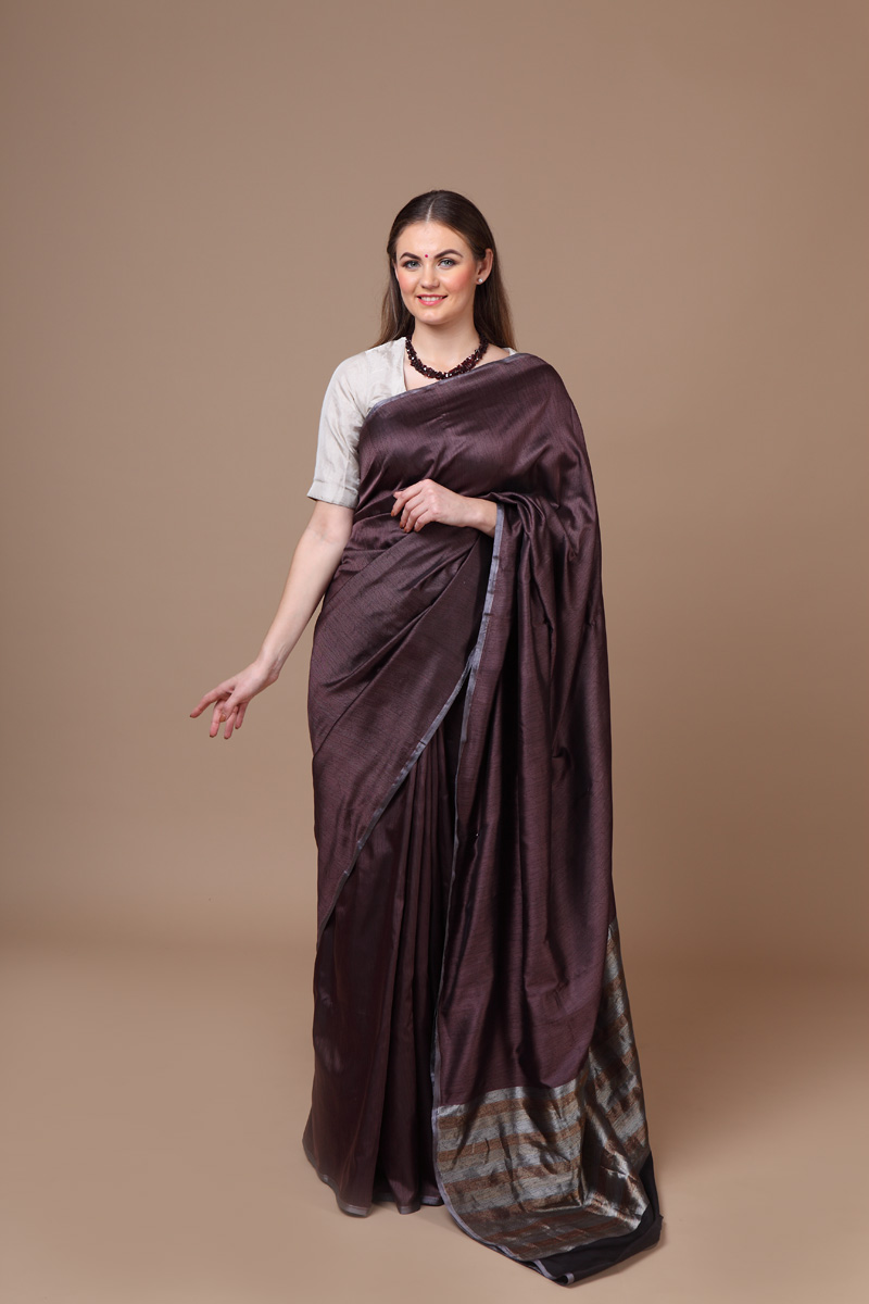 pure-hand-woven-benarasi-dark-brown-tanchoi-silk-saree