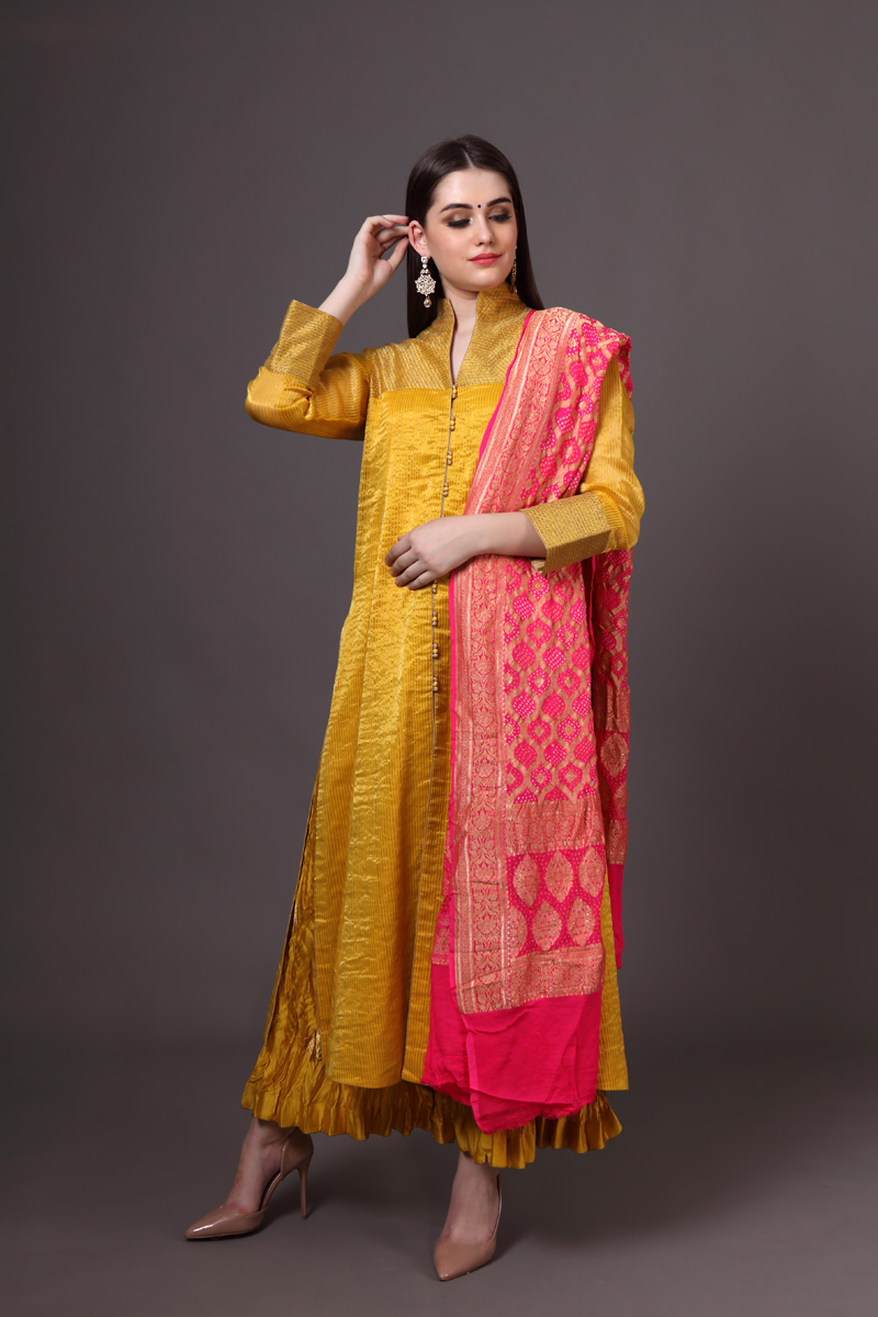 pure-hand-woven-sunny-yellow-chanderi-silk-suit-set