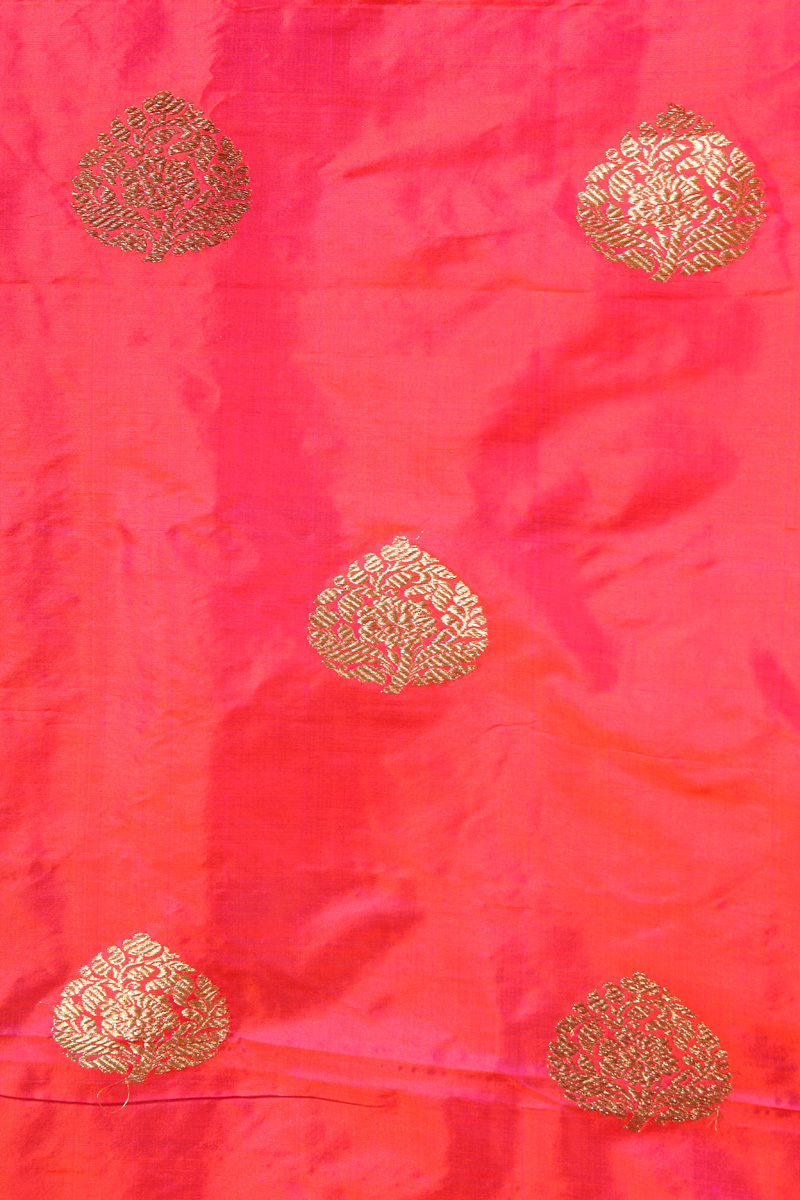 pure-hand-woven-benarasi-peach-pink-katan-silk-fabric-with-kadhwa-butis