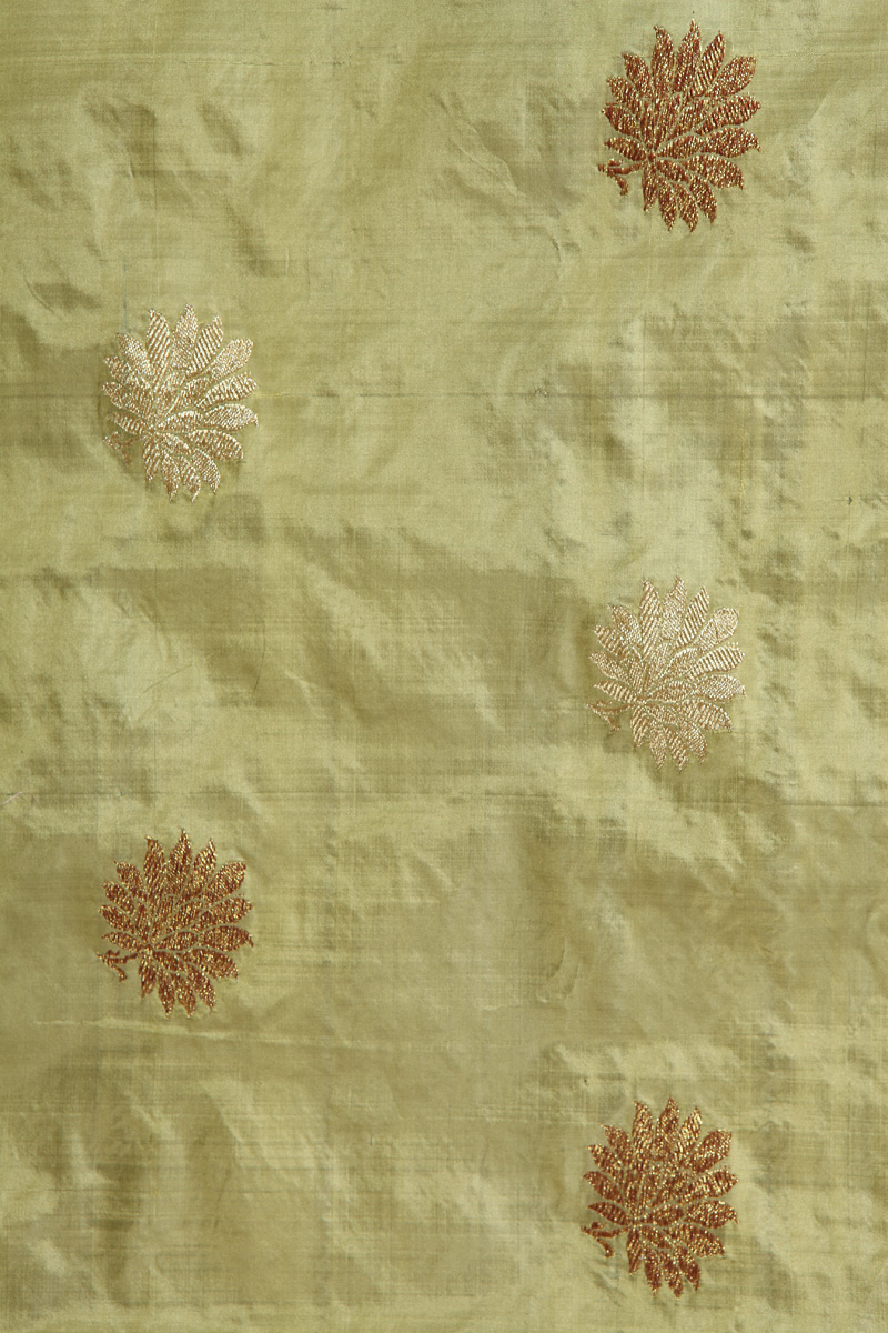 pure-hand-woven-benarasi-pistachio-green-katan-silk-fabric-with-kadhwa-butis
