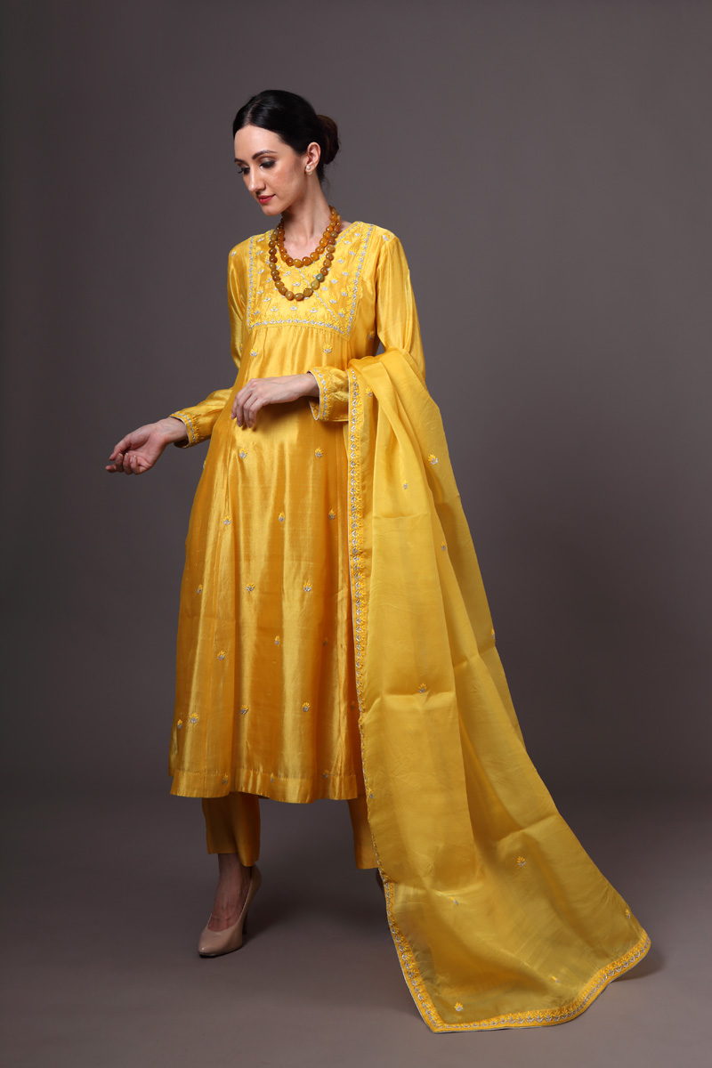 yellow-pure-hand-woven-chanderi-silk-suit-set