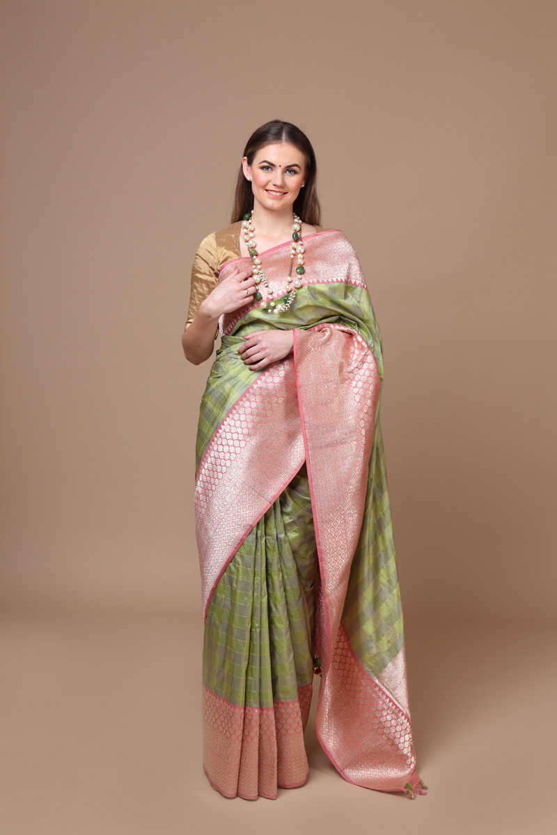 pure-hand-woven-benarasi-lime-green-benarasi-katan-silk-saree-with-a-dusty-pink-border