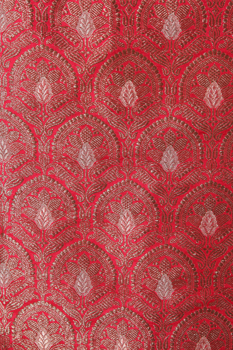 pure-hand-woven-brick-red-benarasi-katan-silk-fabric-with-antique-zari-jangla