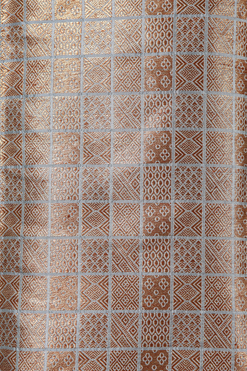 pure-hand-woven-dusty-blue-benarasi-brocade-silk-fabric-with-antique-zari
