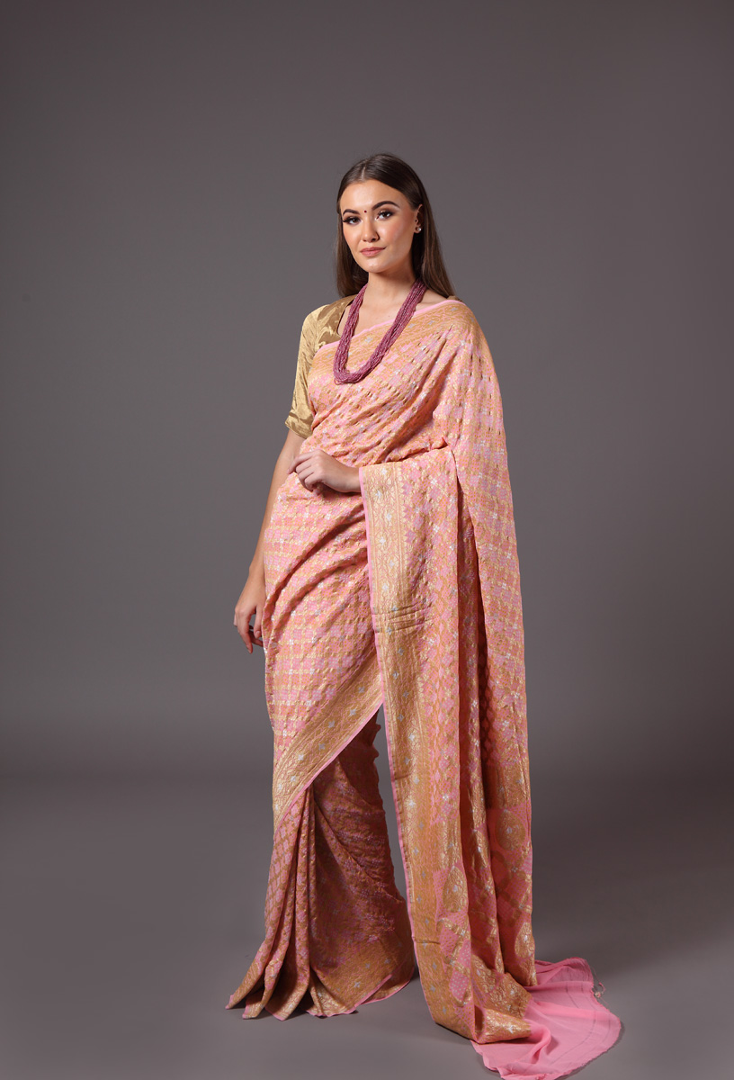 pure-hand-woven-benarasi-georgette-light-pink-bandhej-saree