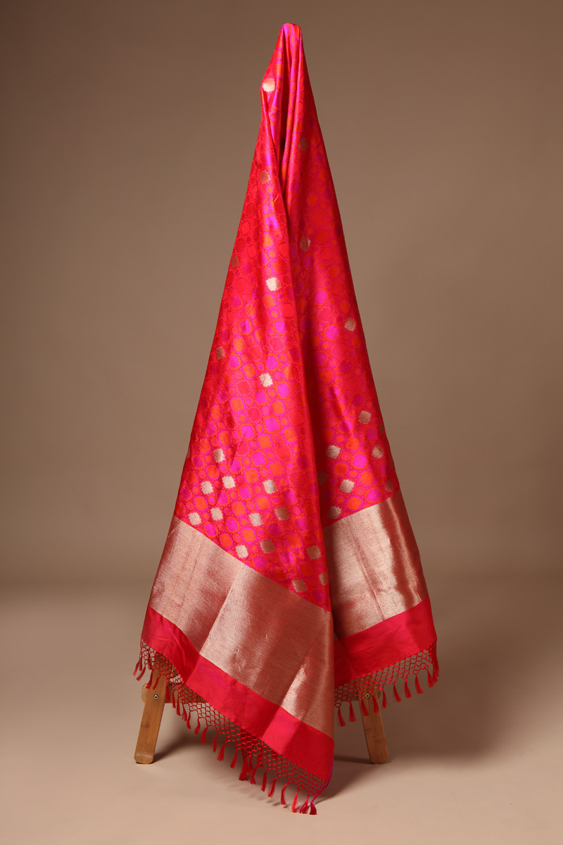 pure-hand-woven-benarasi-red-multi-coloured-tanchoi-silk-dupatta