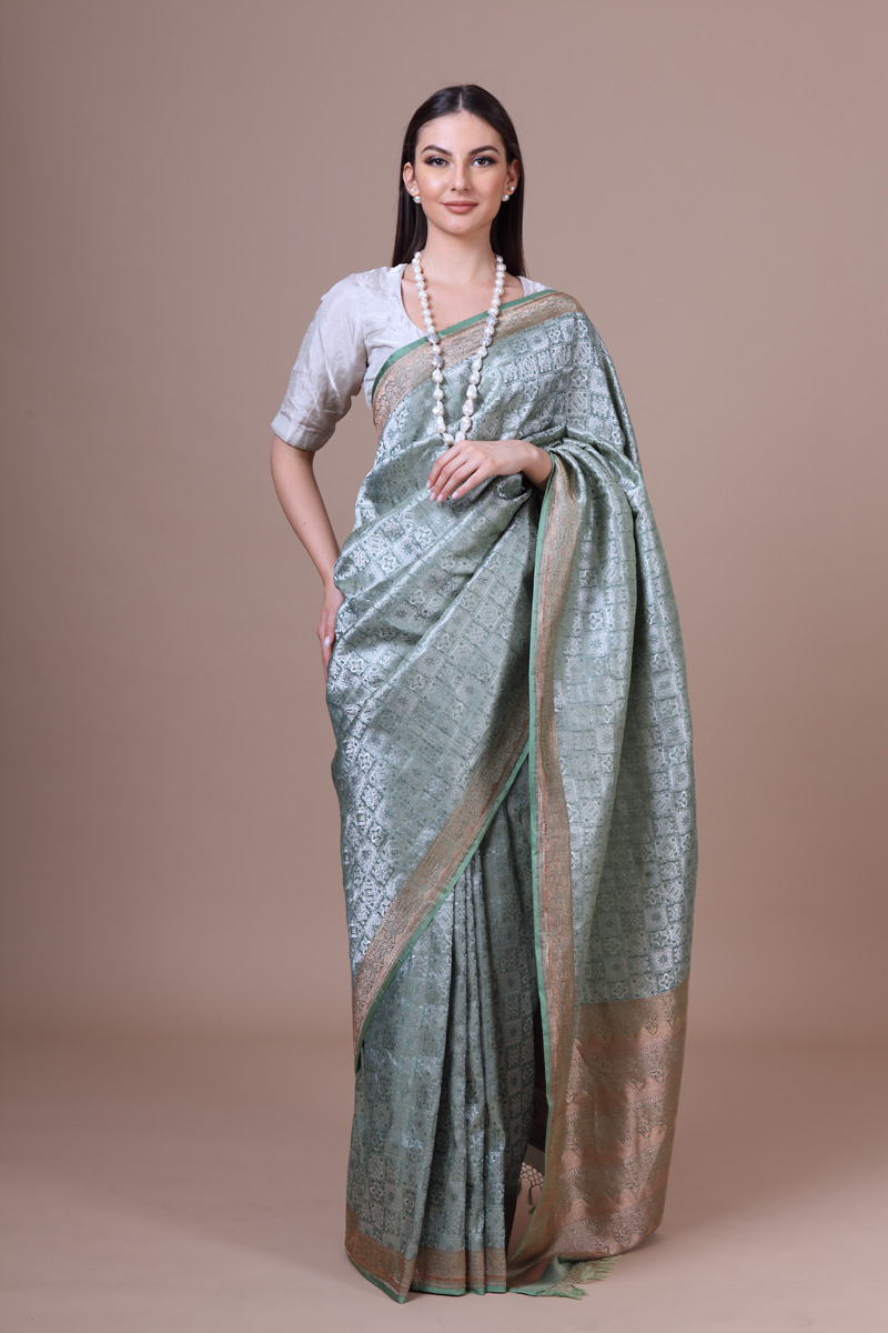 pure-hand-woven-winter-green-benarasi-embossed-brocade-silk-saree