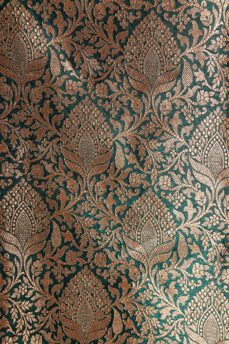 pure-hand-woven-dark-green-benarasi-brocade-silk-fabric-with-antique-zari