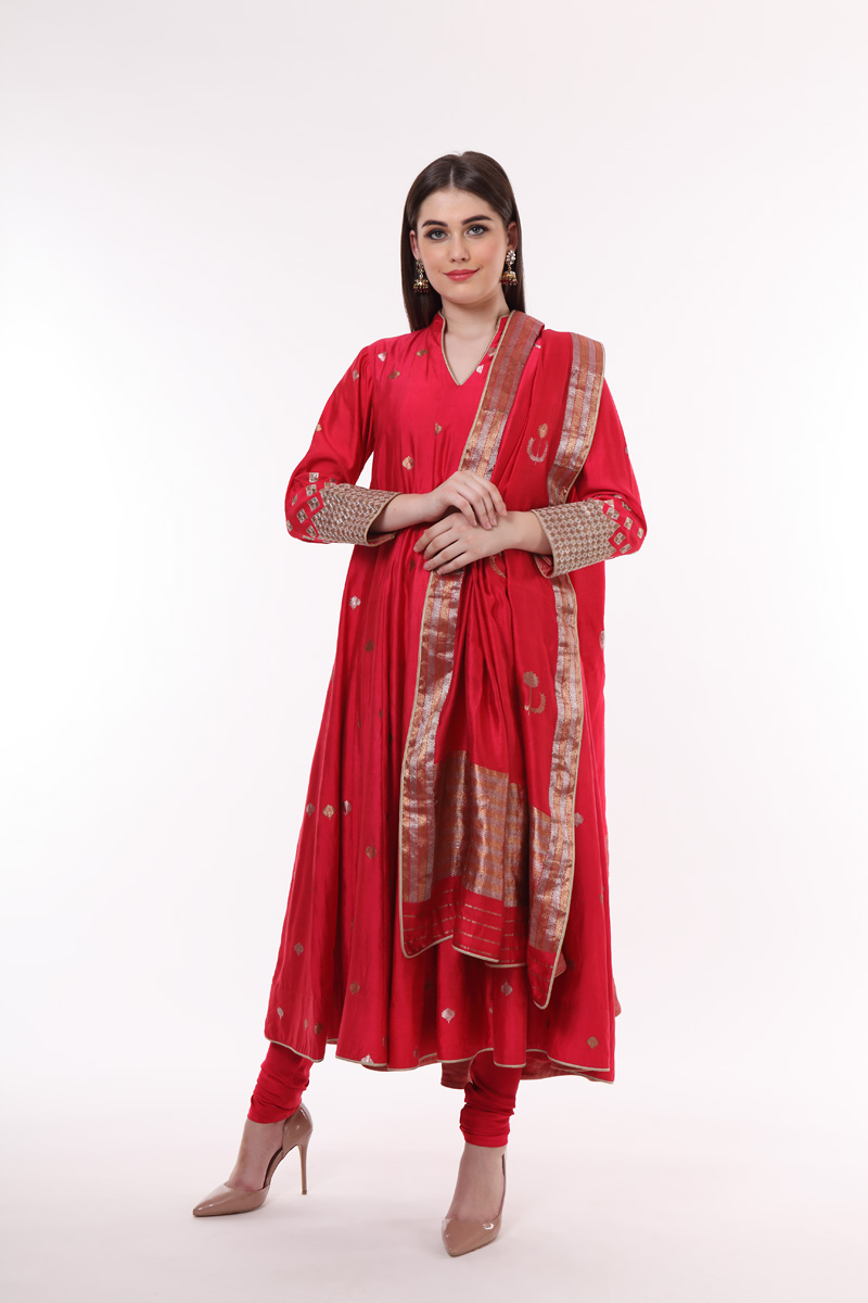 pure-hand-woven-geranium-red-benarasi-anarkali-suit-set