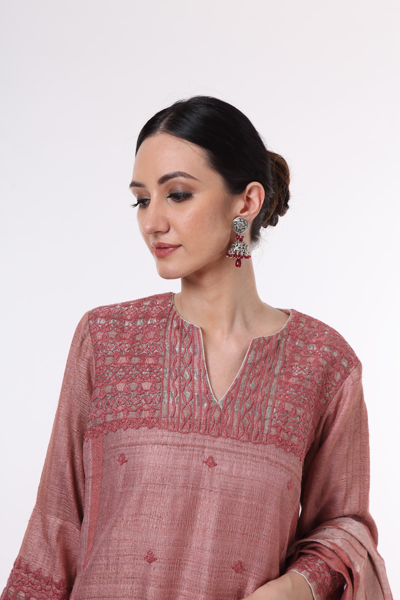 pure-hand-woven-misty-rose-tussar-suit-set-with-muga-silk-dupatta