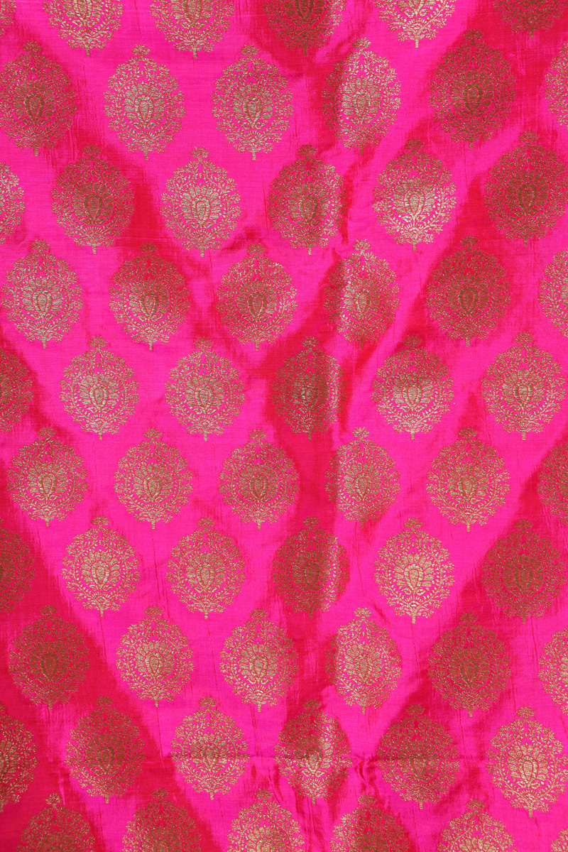 pure-hand-woven-pink-benarasi-silk-fabric-with-butis