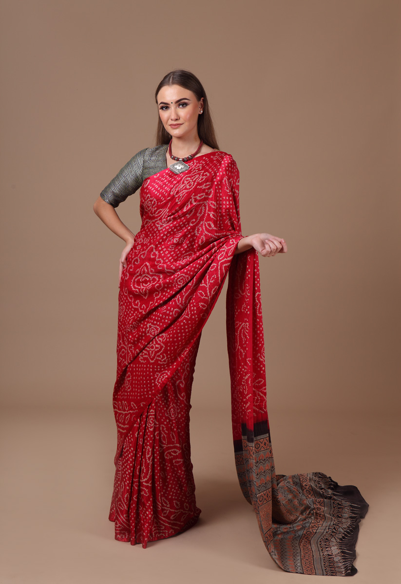 pure-gajji-silk-pink-grey-natural-block-bandhej-ajrakh-saree