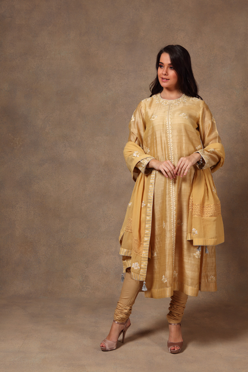 hand-embroidered-yellow-hand-woven-bhagalpuri-pure-tussar-georgette-silk-suit-set