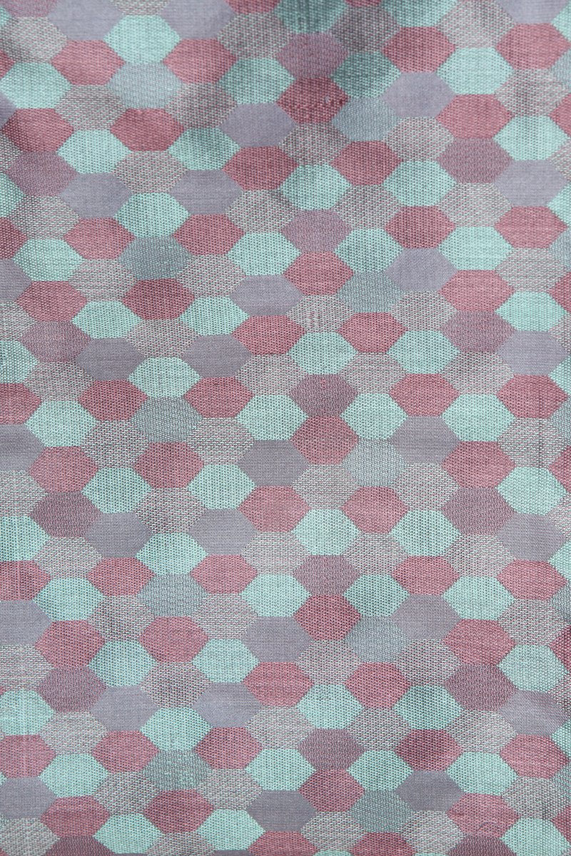 pure-hand-woven-benarasi-double-tanchoi-blue-pink-multi-coloured-fabric