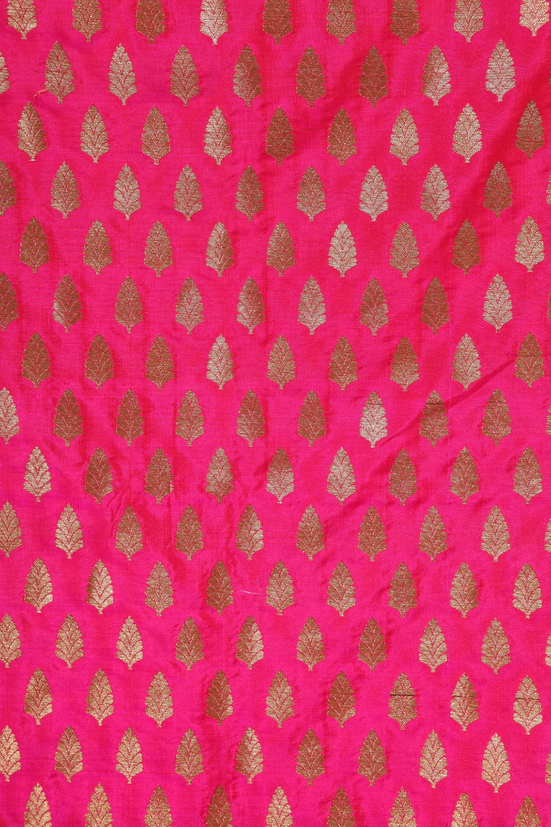 pure-hand-woven-pink-benarasi-silk-fabric-with-gold-motifs