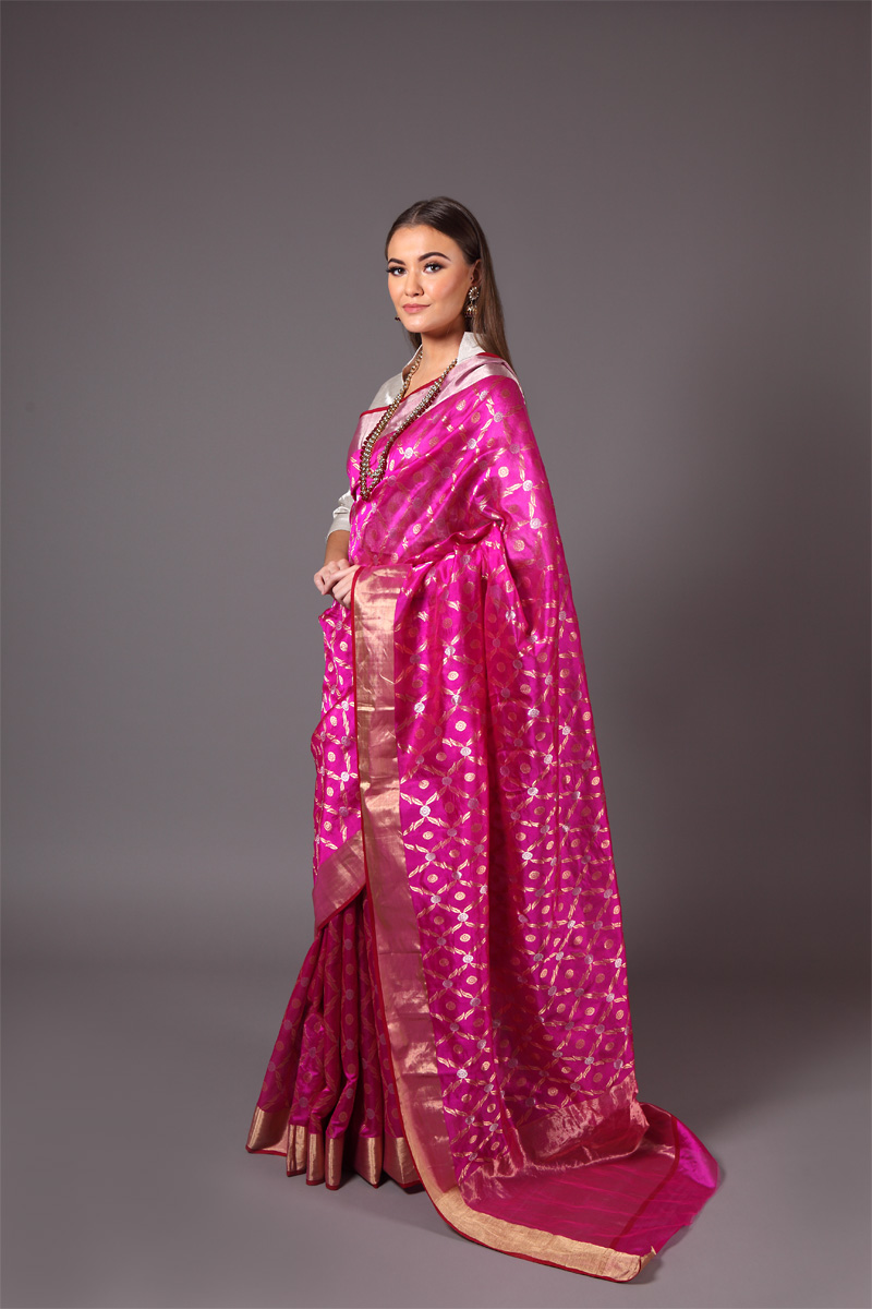 pure-hand-woven-magenta-purple-chanderi-silk-saree-with-all-over-jangla