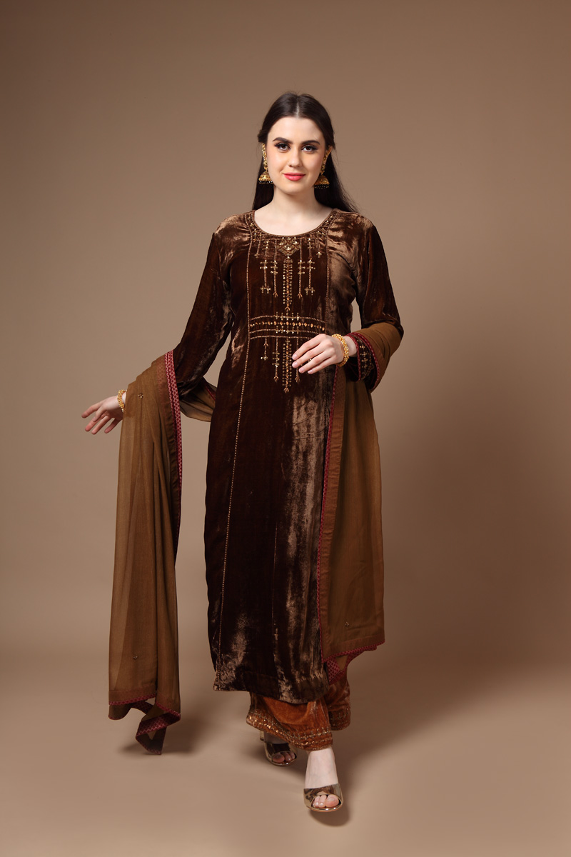 pure-silk-velvet-hand-crafted-dark-brown-kurta-with-farshi-dupatta