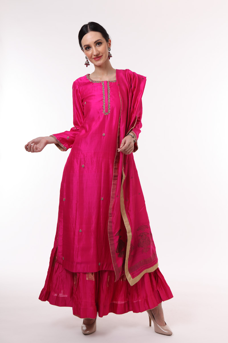 pure-hand-woven-chanderi-silk-bright-pink-suit-set