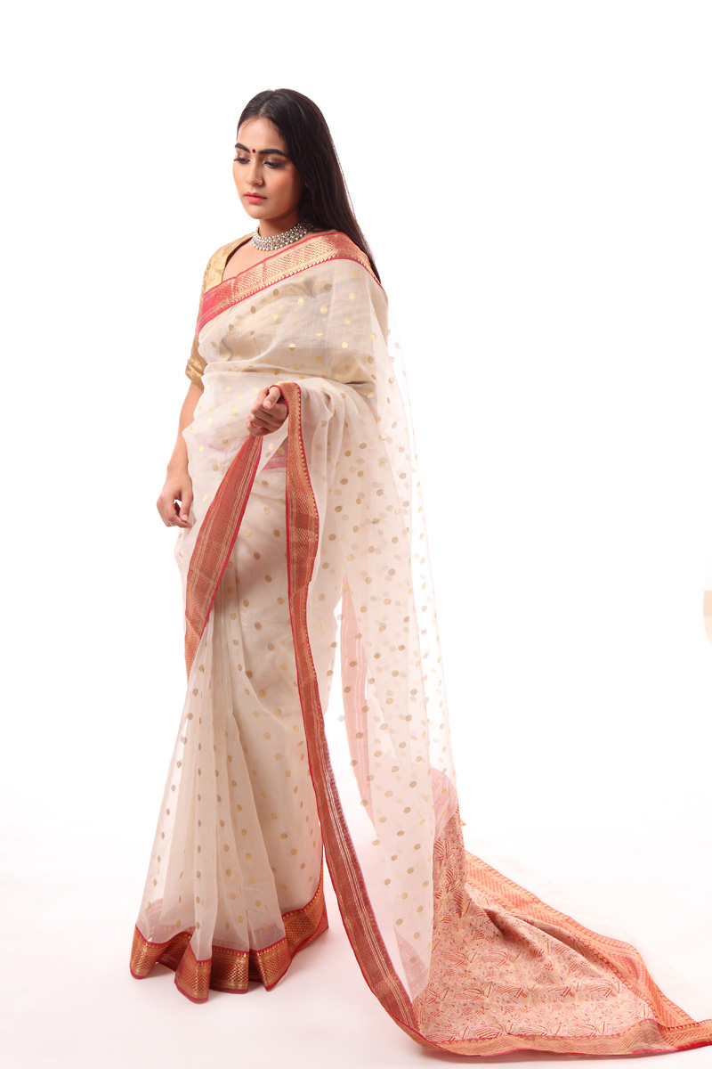 pure-hand-woven-white-chanderi-silk-saree-with-heavy-pallav