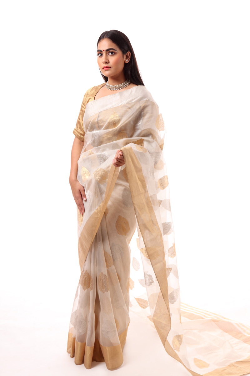 pure-hand-woven-white-chanderi-katan-silk-saree-with-leaf-butis