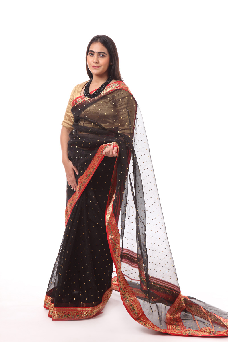 pure-hand-woven-black-chanderi-silk-saree-with-mehndi-lage-hath-border