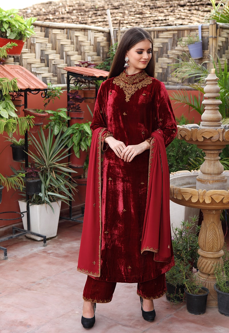 red-maroon-pure-silk-velvet-kurta-farshi-with-pure-georgette-dupatta-suit