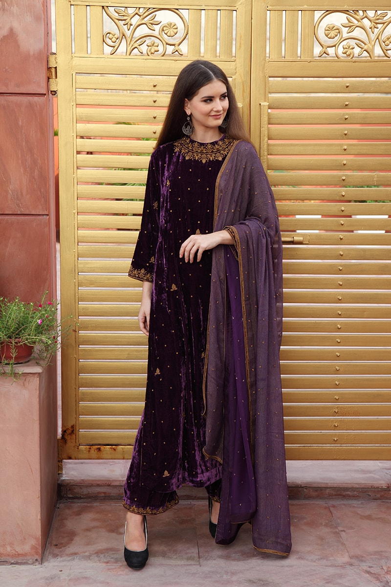 pure-silk-velvet-purple-suit-set-with-antique-dabka-hand-embroidery