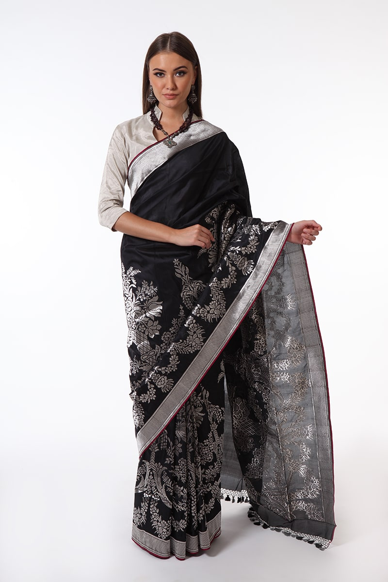 pure-hand-woven-black-benarasi-katan-silk-saree-with-silver-zari