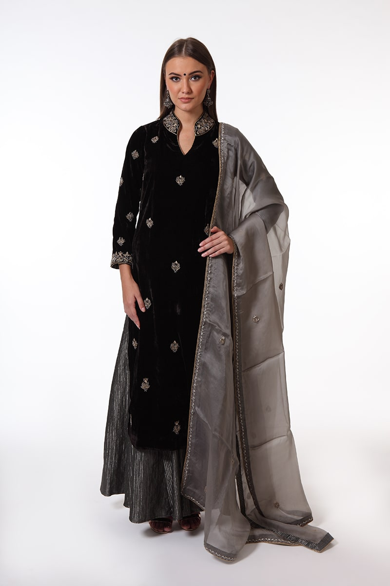 pure-silk-velvet-hand-crafted-black-kurta-with-sharara-dupatta