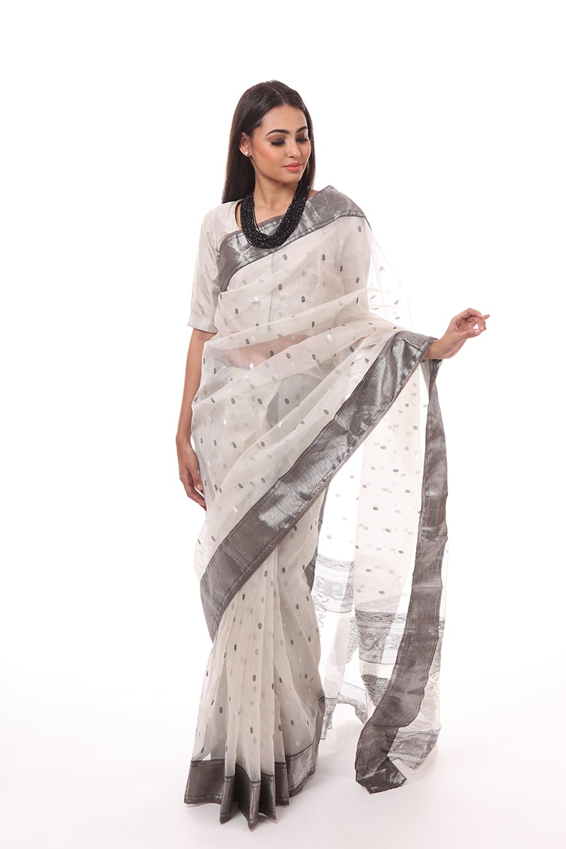 pure-hand-woven-chanderi-katan-light-grey-silk-saree-with-silver-grey-butis