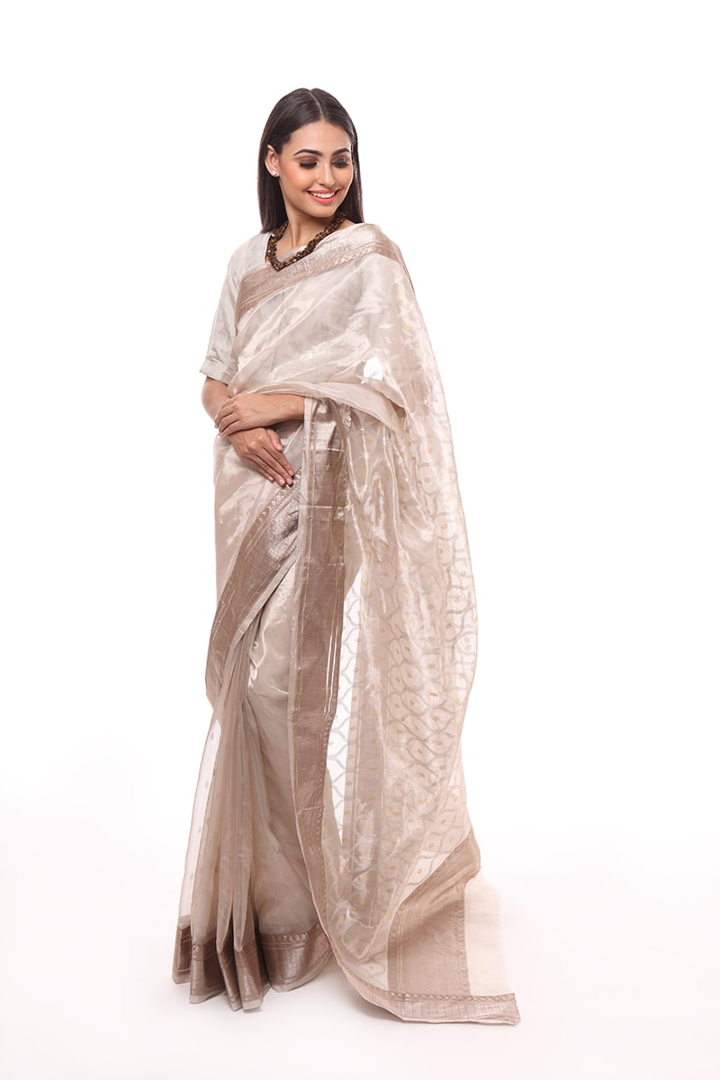 pure-hand-woven-chanderi-white-katan-silk-tissue-saree-with-heavy-pallav-jangla