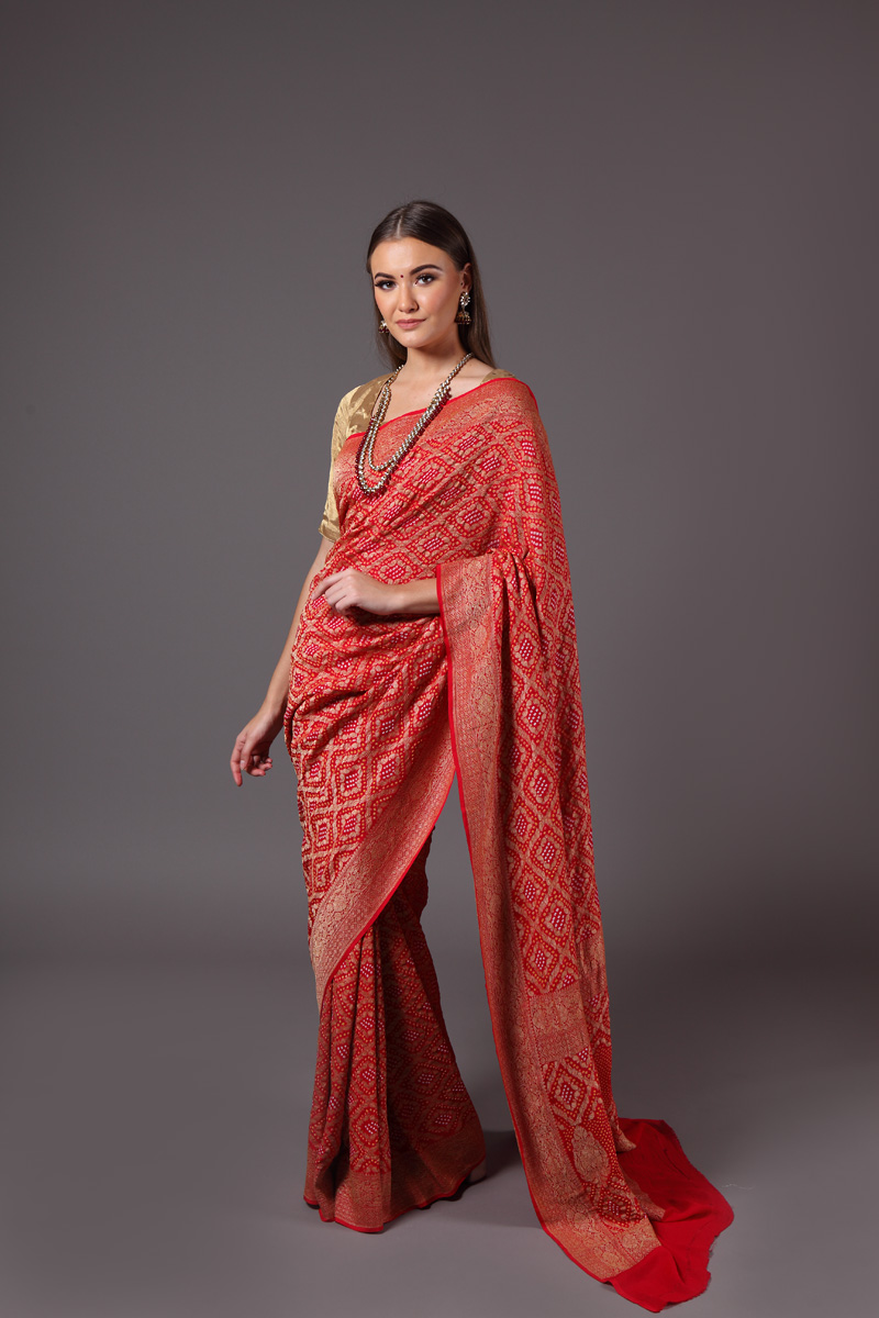 pure-hand-woven-benarasi-georgette-red-bandhej-saree