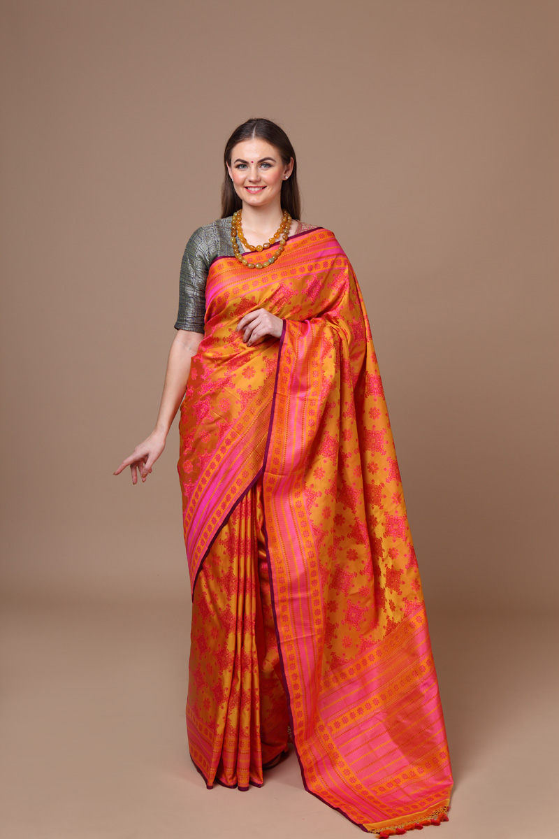 pure-hand-woven-benarasi-yellow-pink-tanchoi-silk-saree