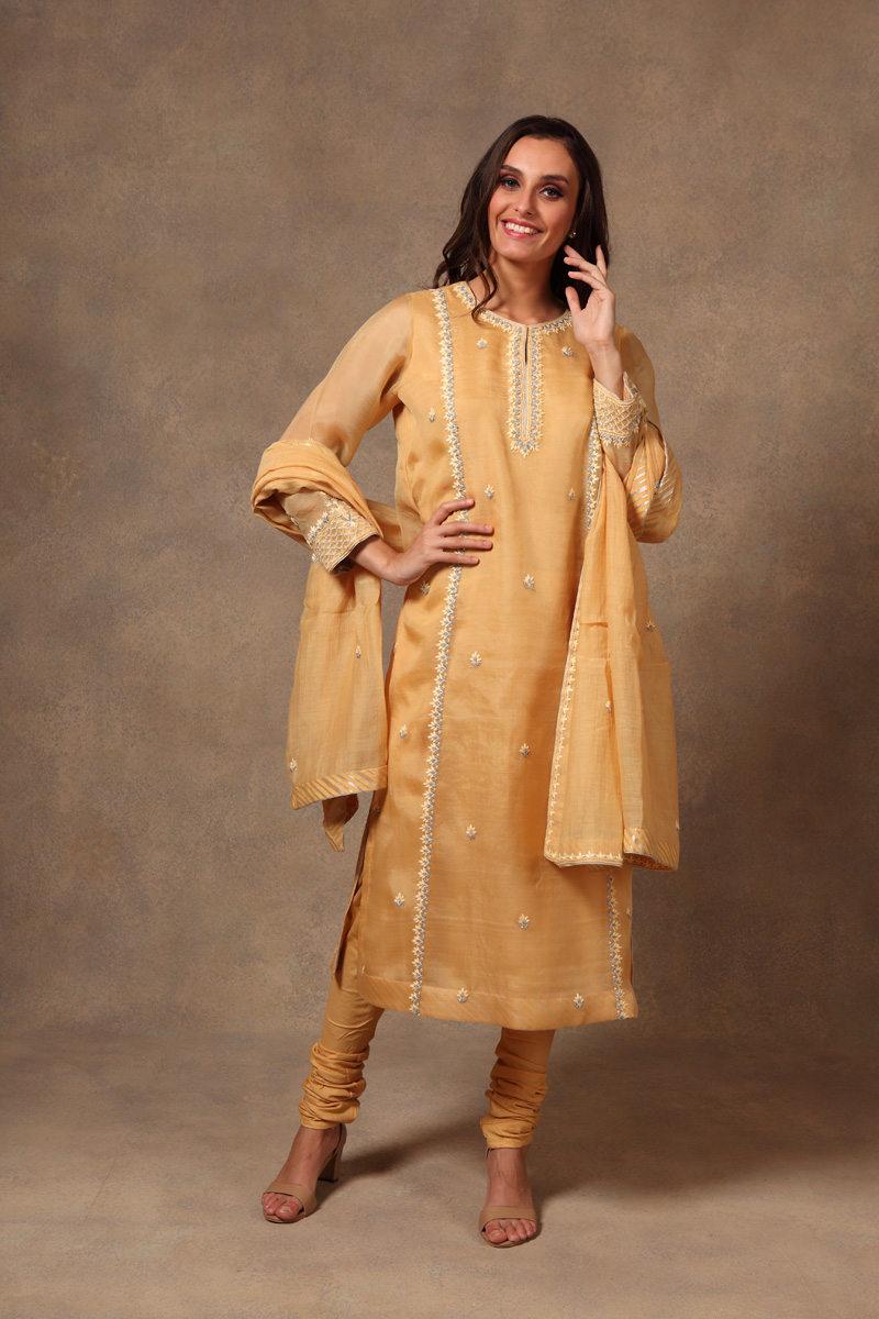 hand-embroidered-light-yellow-chanderi-pure-katan-silk-suit-set