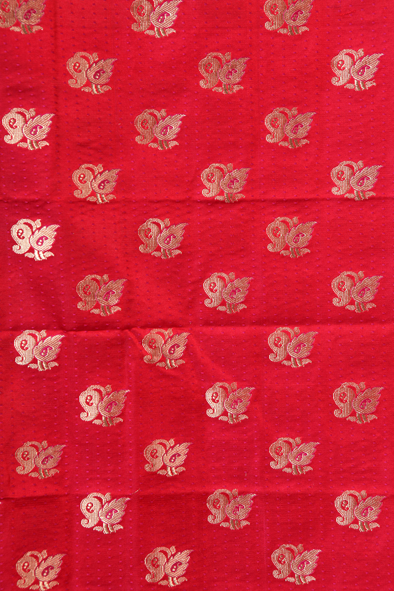 pure-hand-woven-benarasi-red-satin-tanchoi-silk-fabric-with-butis