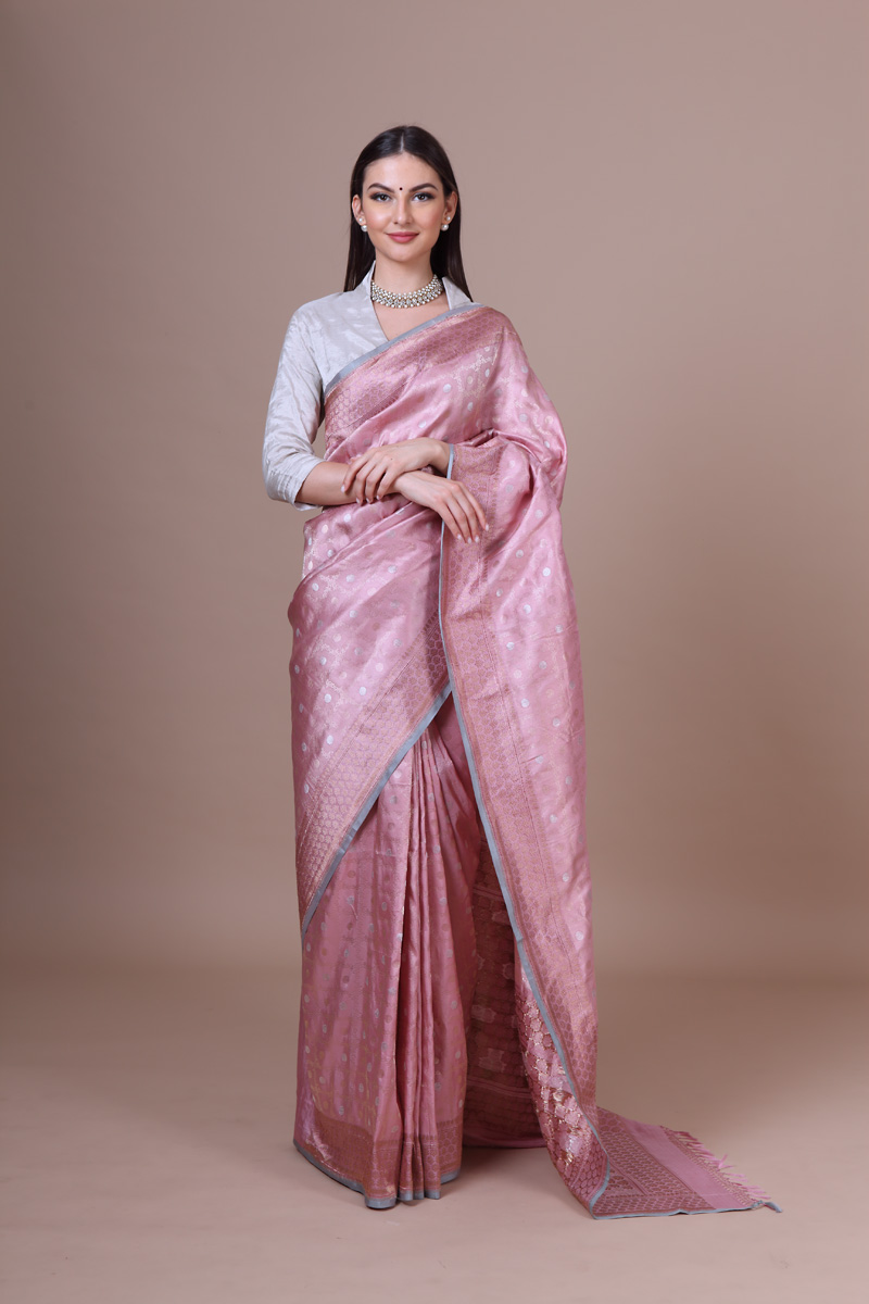 pure-hand-woven-benarasi-wild-rose-tissue-katan-silk-saree-with-kadhwa-jangla