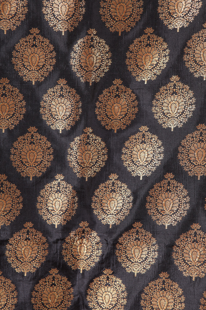 pure-hand-woven-black-benarasi-silk-fabric-with-flower-motifs