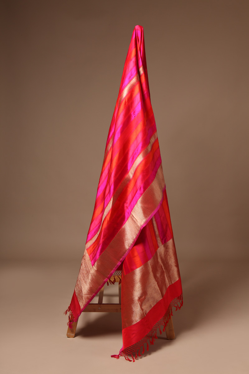pure-hand-woven-benarasi-red-multi-coloured-striped-tanchoi-silk-dupatta