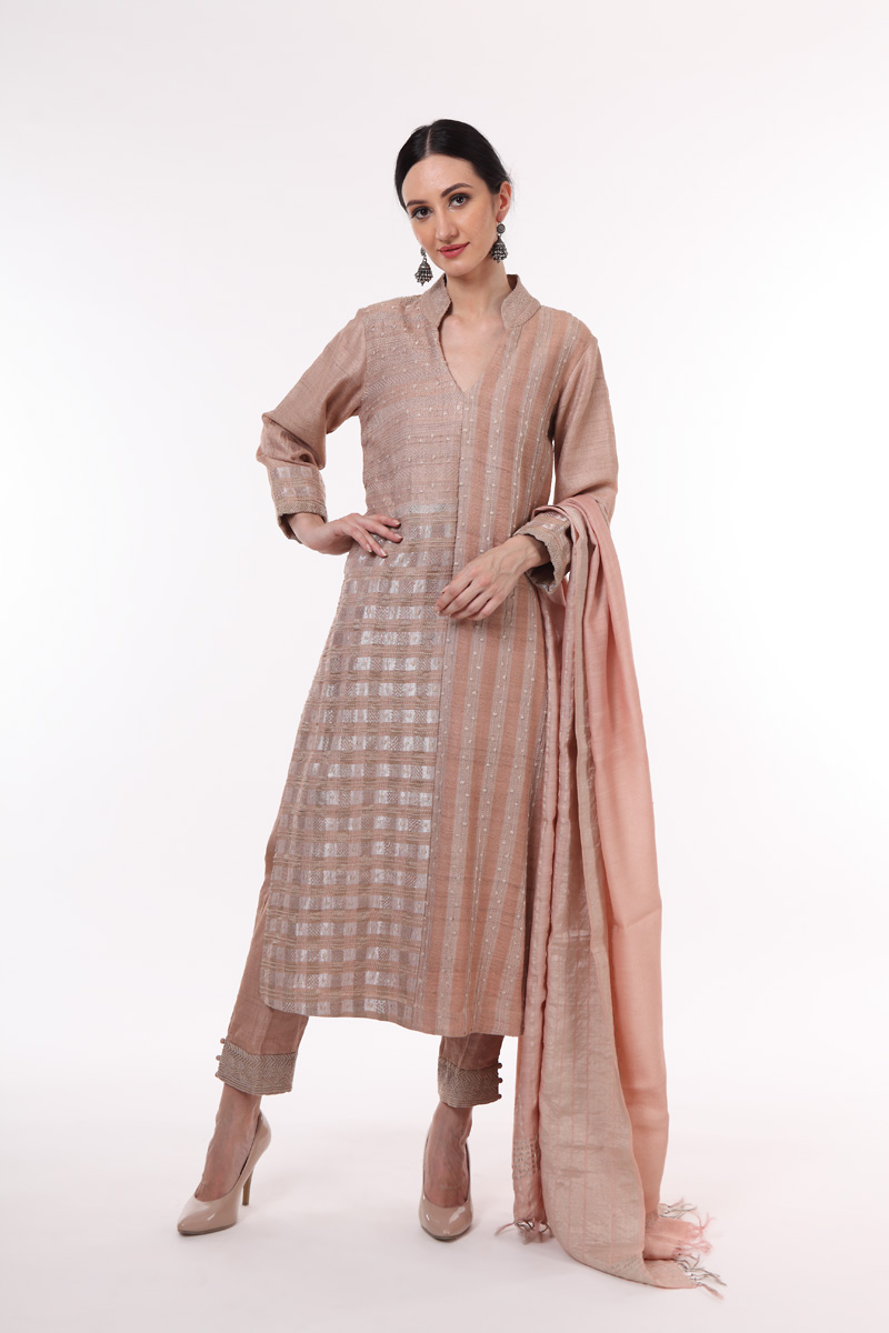 pure-hand-woven-tussar-silk-suit-set-in-an-evening-sand-colour