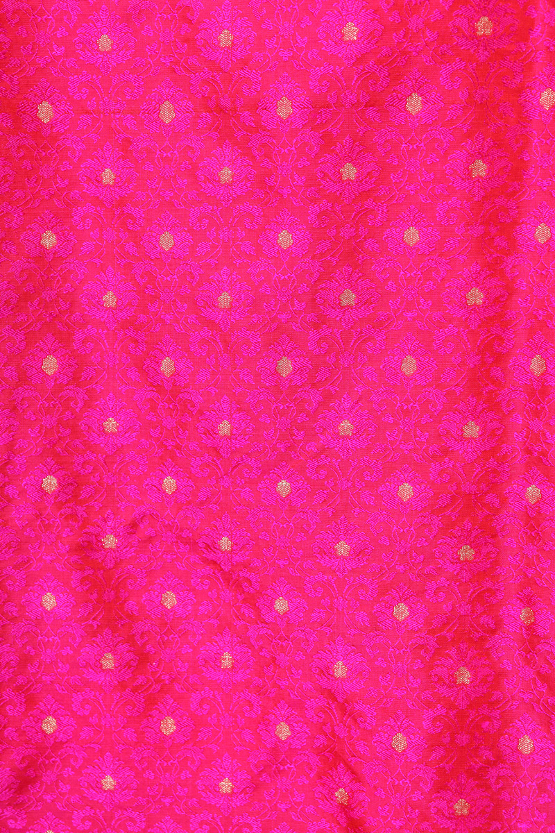pure-hand-woven-pink-benarasi-tanchoi-silk-fabric-with-butis