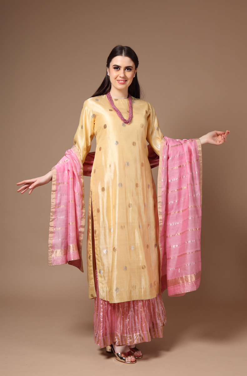 pure-hand-woven-pink-yellow-silk-suit-set