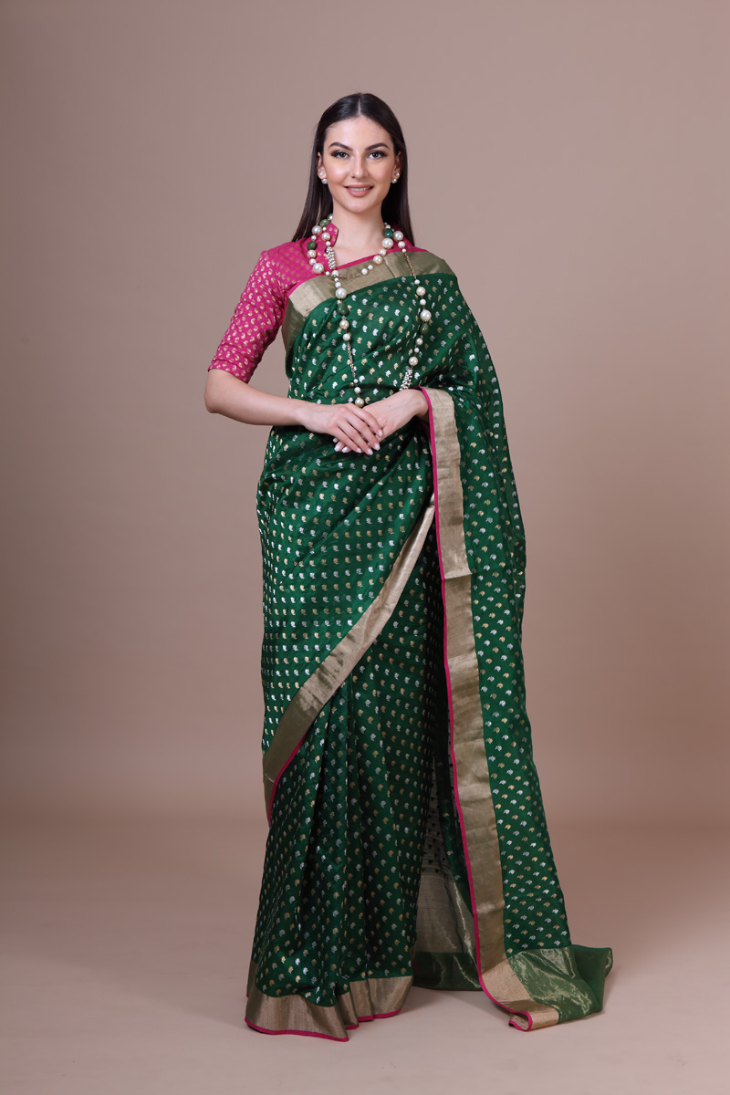 pure-hand-woven-chanderi-bottle-green-pure-silk-saree-with-eknaliye-hazariye-phool-butis
